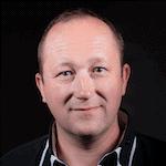 David VIGNERON est entrepreneur et infopreneur dans l'enseignement destiné aux professionnels de santé, aux coachs, aux thérapeutes et aux particuliers. Il est formateur depuis 1999 (écoles d'infirmières, d'aides soignantes, organismes privés, thérapeutes, professionnels de santé, faculté de médecine, cliniques, hôpitaux, etc...), et conférencier. Il forme chaque année plus de 1500 praticiens sur l'ensemble de ses formations, en France et à l'étranger (Suisse, Québec, Maroc, etc ...) et dirige une équipe d'une dizaine de personnes. Par ailleurs Infirmier Diplômé d' Etat, il est aussi l'auteur de deux CD vendus dans les FNAC, cultura,